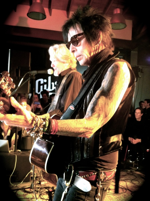 Kris Kristofferson and Earl Slick[1]